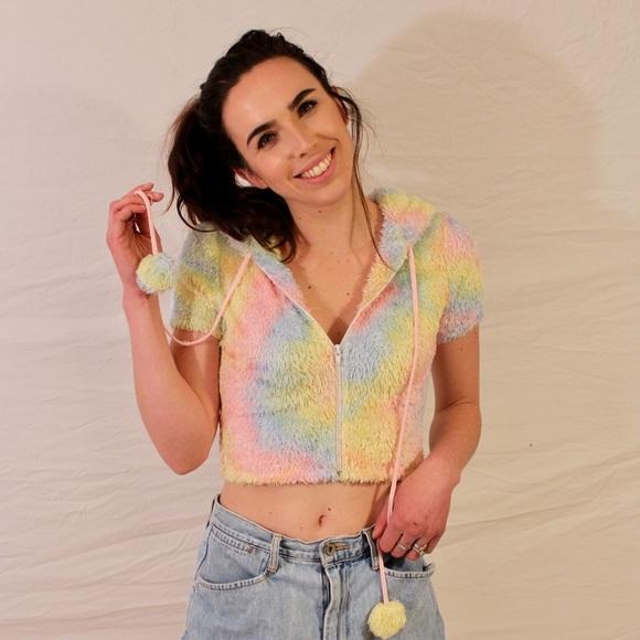 dc073e60f2a05 Fuzzy Rainbow Crop Top Zip Up Hoodie   Sweater 🍭.  M 5a9a32e6a44dbec1b79a36b8